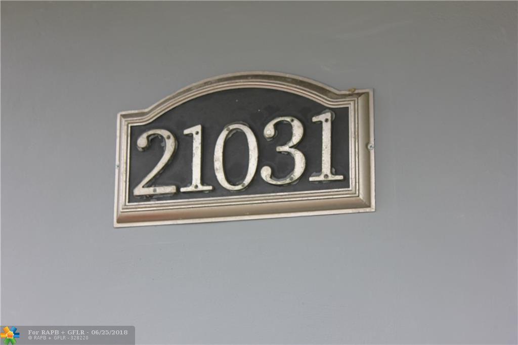 21031 Ne 2nd Ave, Miami, FL 33179