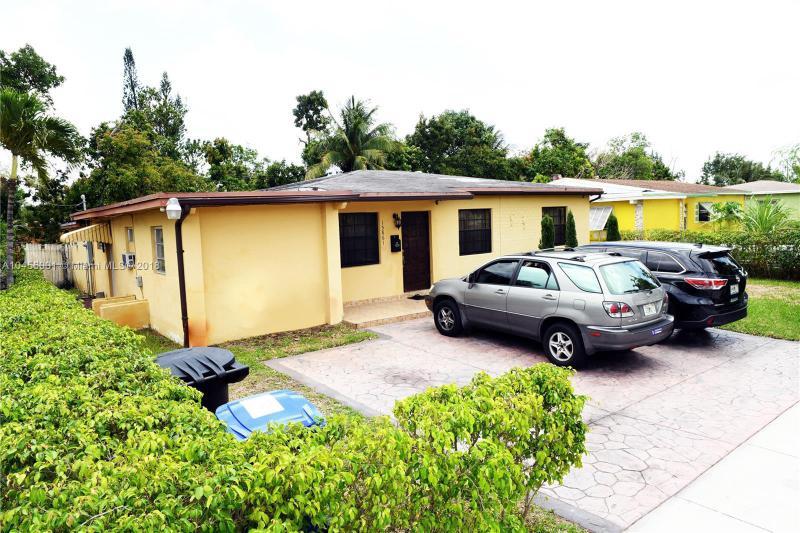 15861 Ne 14th Ave, North Miami Beach, FL 33162