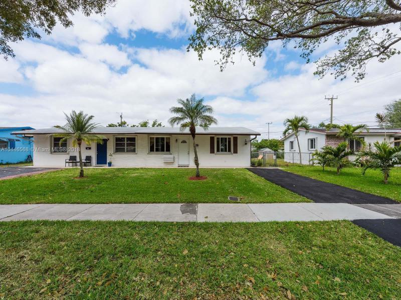 Home for sale in COOPER COLONY ESTATES REP Cooper City Florida