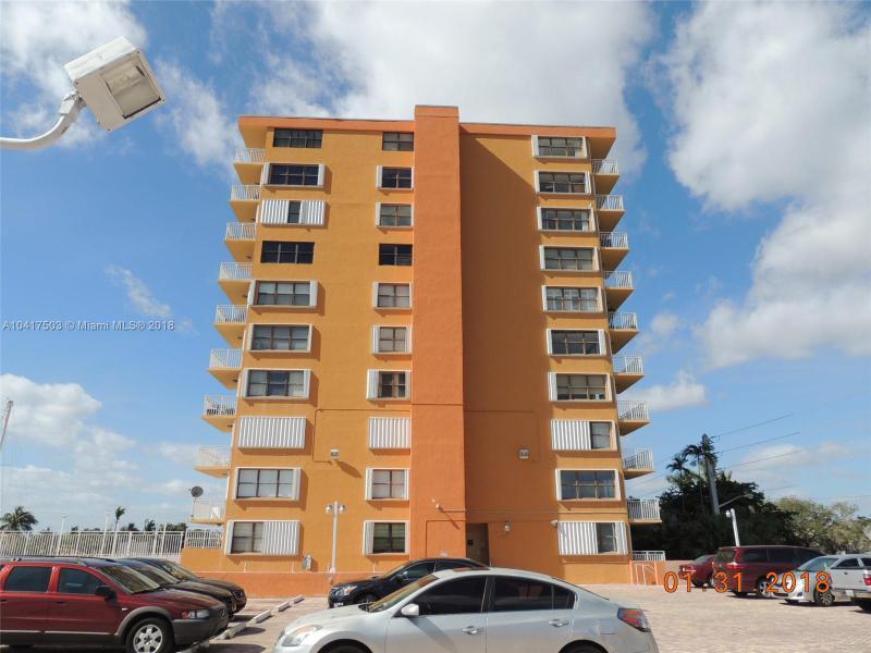 2450 307 Ne 135th St  307, North Miami, FL 33181