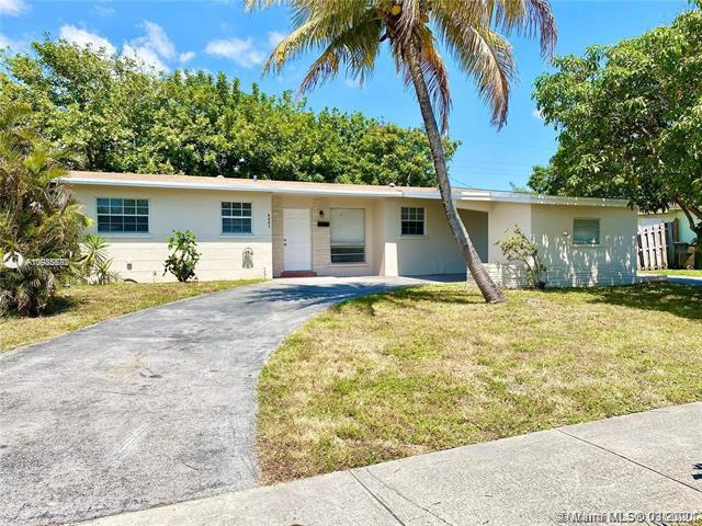 Home for sale in Lauderdale Lakes East Gat Lauderdale Lakes Florida
