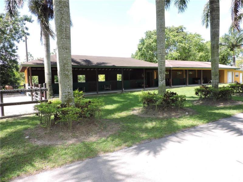 22800 Sw 214th Ave, Miami, FL 33170