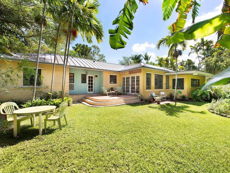 561 Ne 95th St, Miami Shores, FL 33138