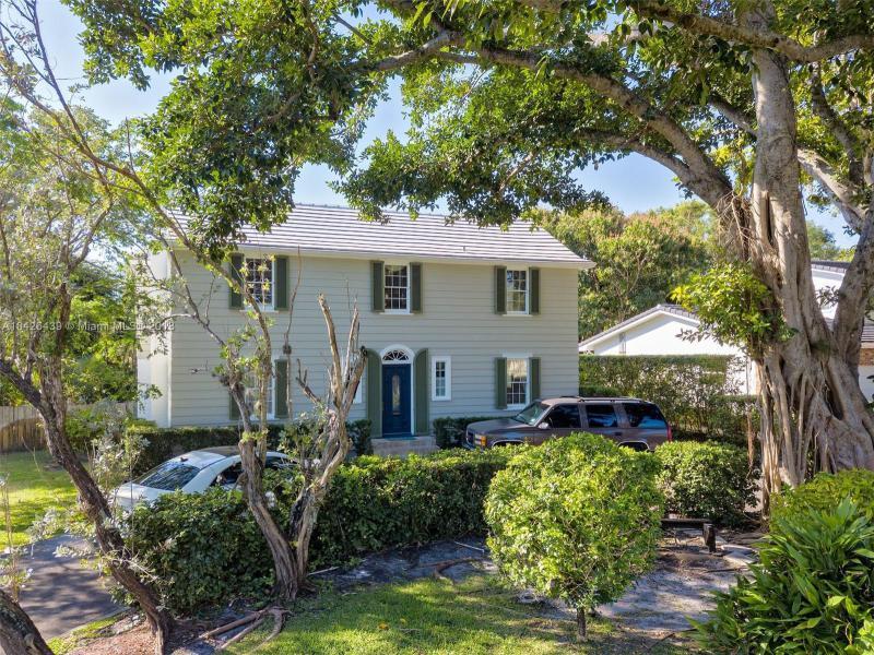 960 Ne 95th St, Miami Shores, FL 33138