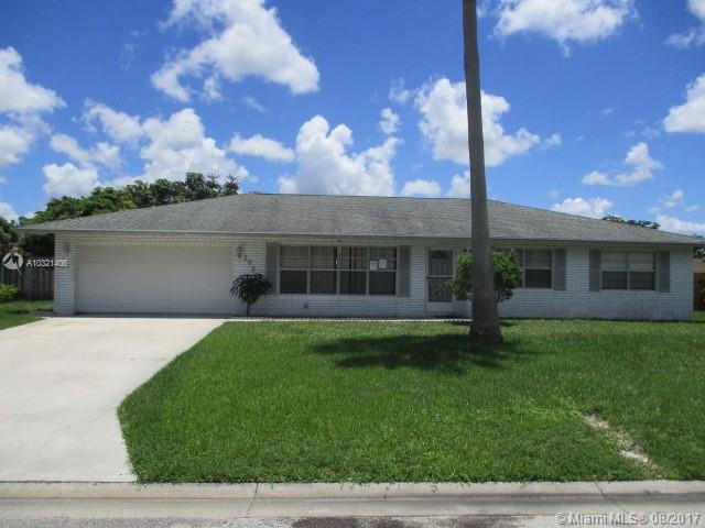 102 Oriole Ct Royal Palm Beach, FL 33411