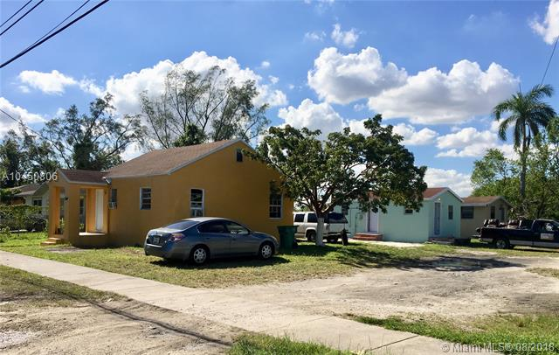 Home for sale in VICTORIA MANOR Miami Florida