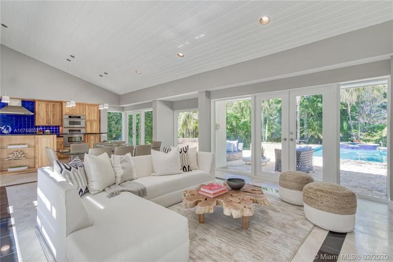Home for sale in Cg Riviera Sec 3 Rev Coral Gables Florida
