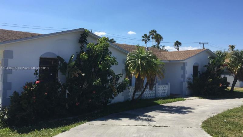 20100  Highland Lakes Blvd, Miami, FL 33179