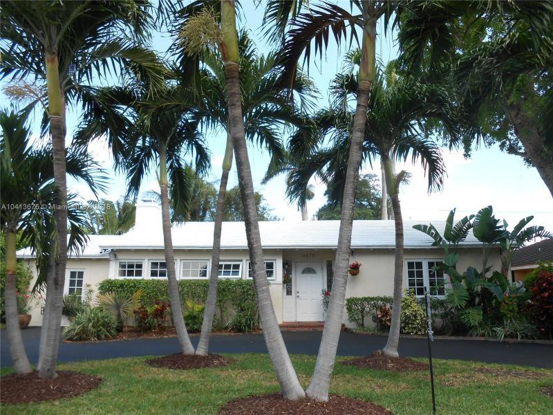 10675 Ne 11th Ct, Miami Shores, FL 33138