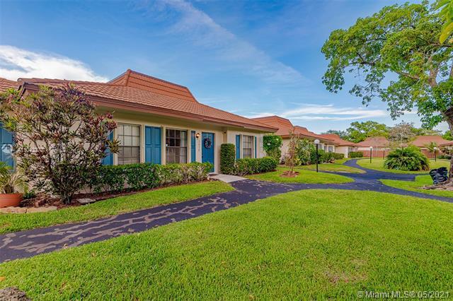 Home for sale in Nova Villas 6 Condo Davie Florida