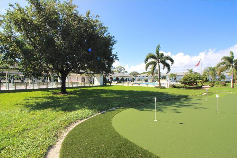 Home for sale in TEQUESTA GARDEN CONDO 3 Tequesta Florida