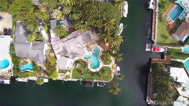12904  Ixora Cir, North Miami, FL 33181