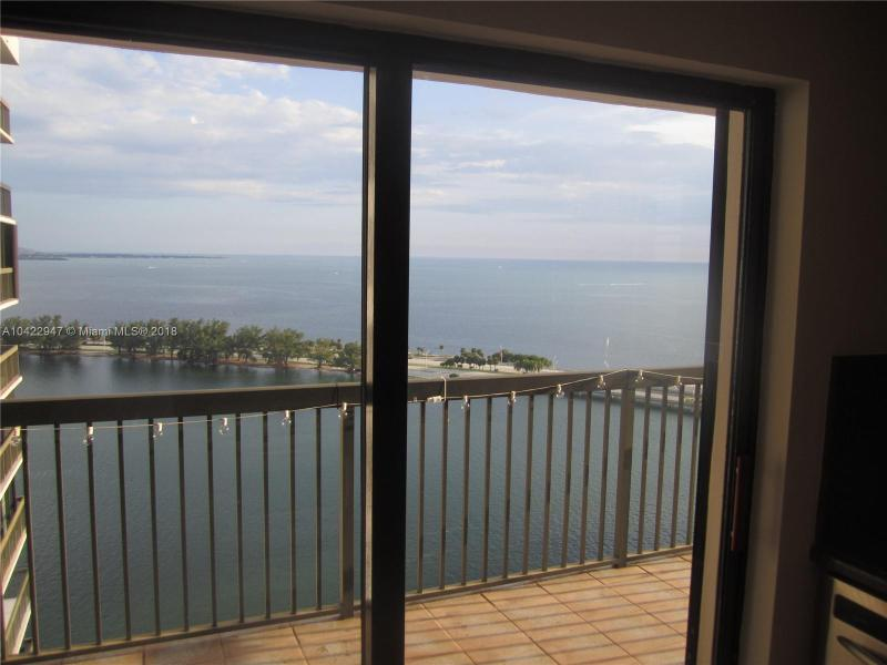 2333  Brickell Av  2606, Miami, FL 33129
