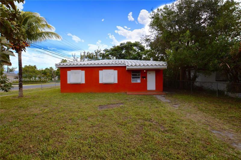 990 Ne 157th Ter, North Miami Beach, FL 33162
