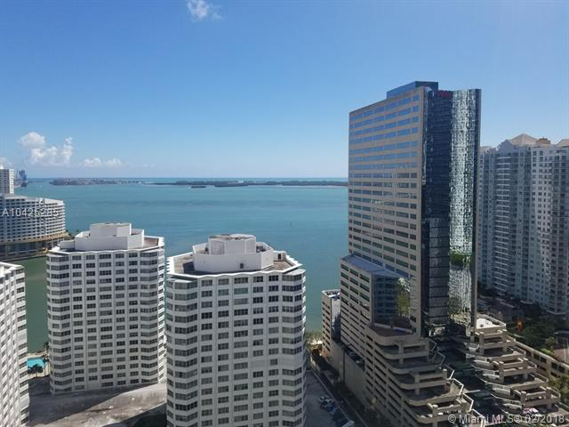 951  Brickell Ave  2702, Miami, FL 33131