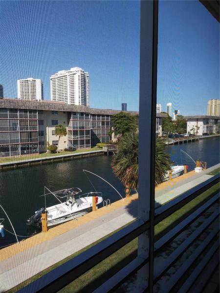 3551 Ne 169th  309, North Miami Beach, FL 33160