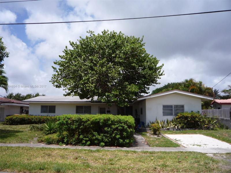 12920  Auralia Rd, North Miami, FL 33181