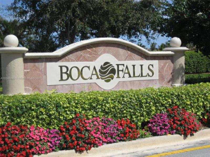 Home for sale in Boca Fall Boca Raton Florida