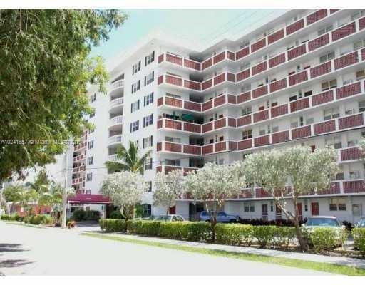 Home for sale in White House North Miami Beach Florida