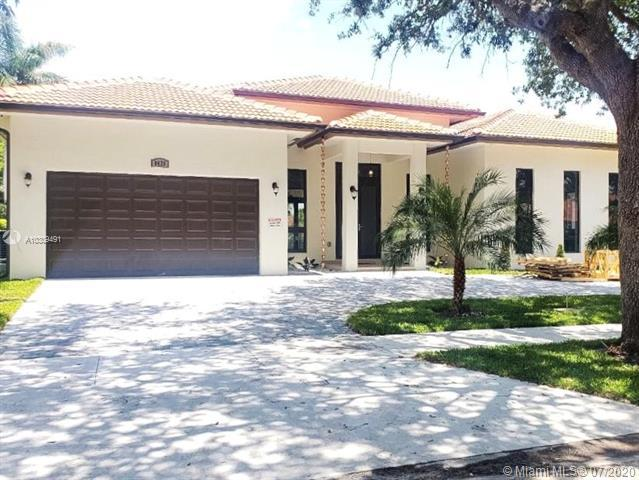 Home for sale in EIGHTH ADDN TO ROYAL OAKS Miami Lakes Florida