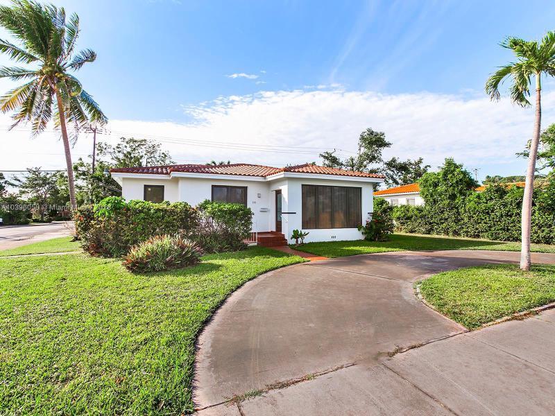 330  Ponce De Leon Blvd, Coral Gables, FL 33134