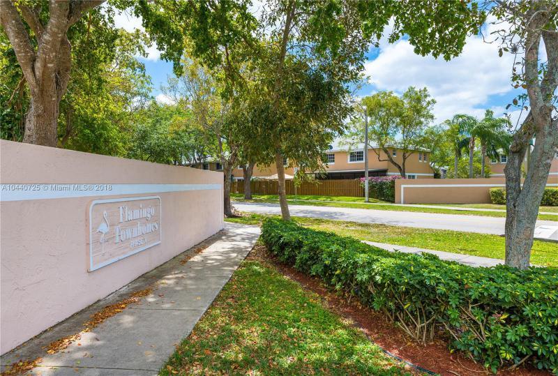 Home for sale in FLAMINGO GARDENS PH 5 Cooper City Florida