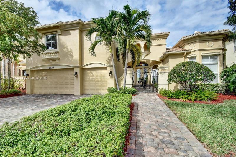 Home for sale in Treanor Wellington Florida