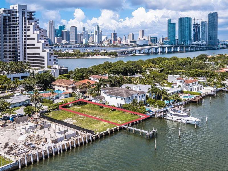 1041 N Venetian Drive, Miami Beach, FL 33139