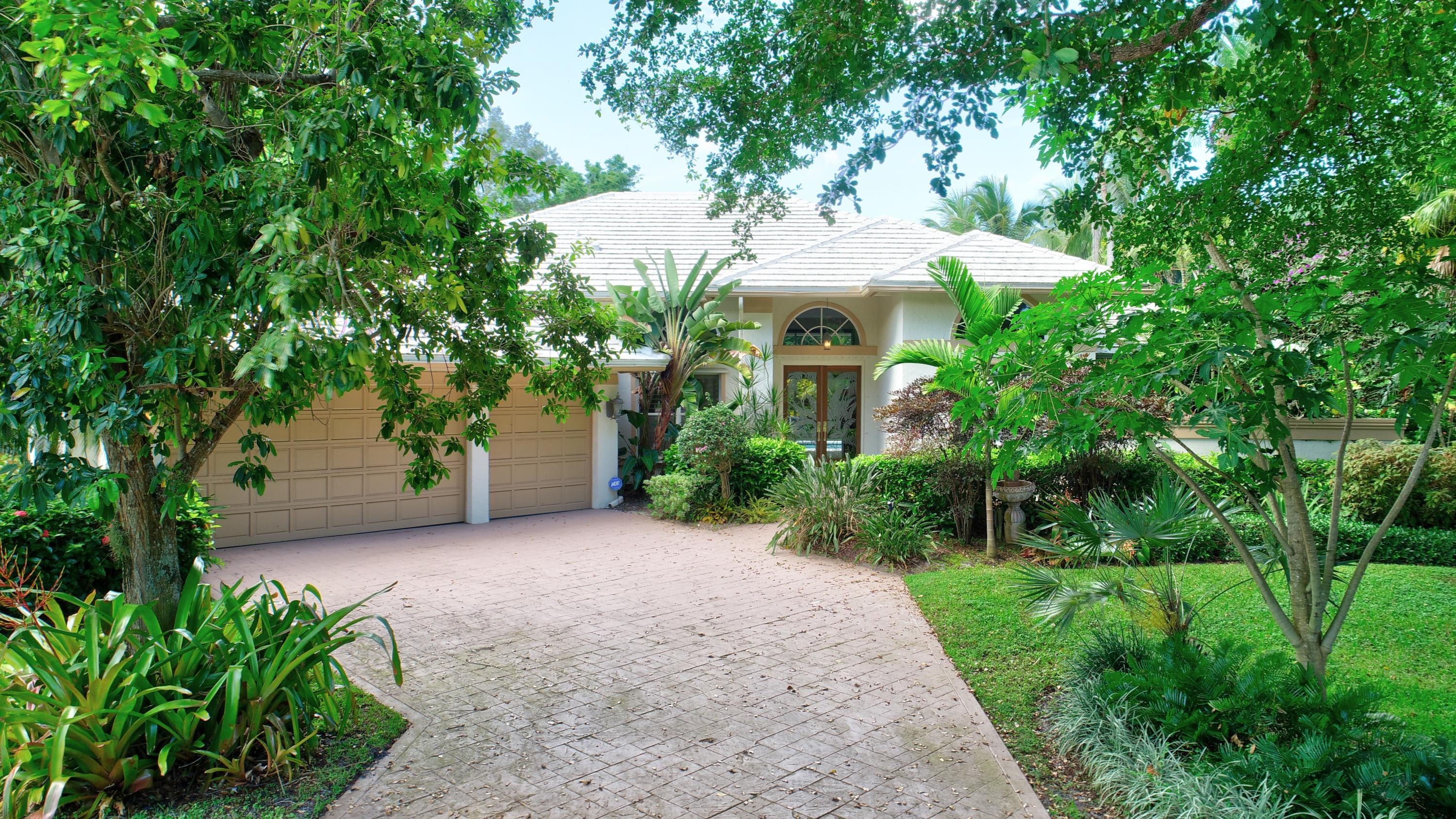 Boca Raton: Les Jardins - listed at 1,100,000 (2345 NW 46th St)