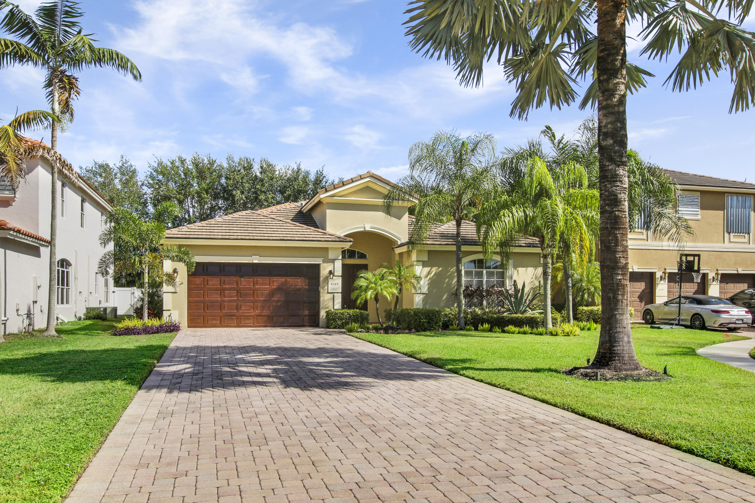 Lake Worth: Journeys End - listed at 419,900 (6724 Shaina Ct)