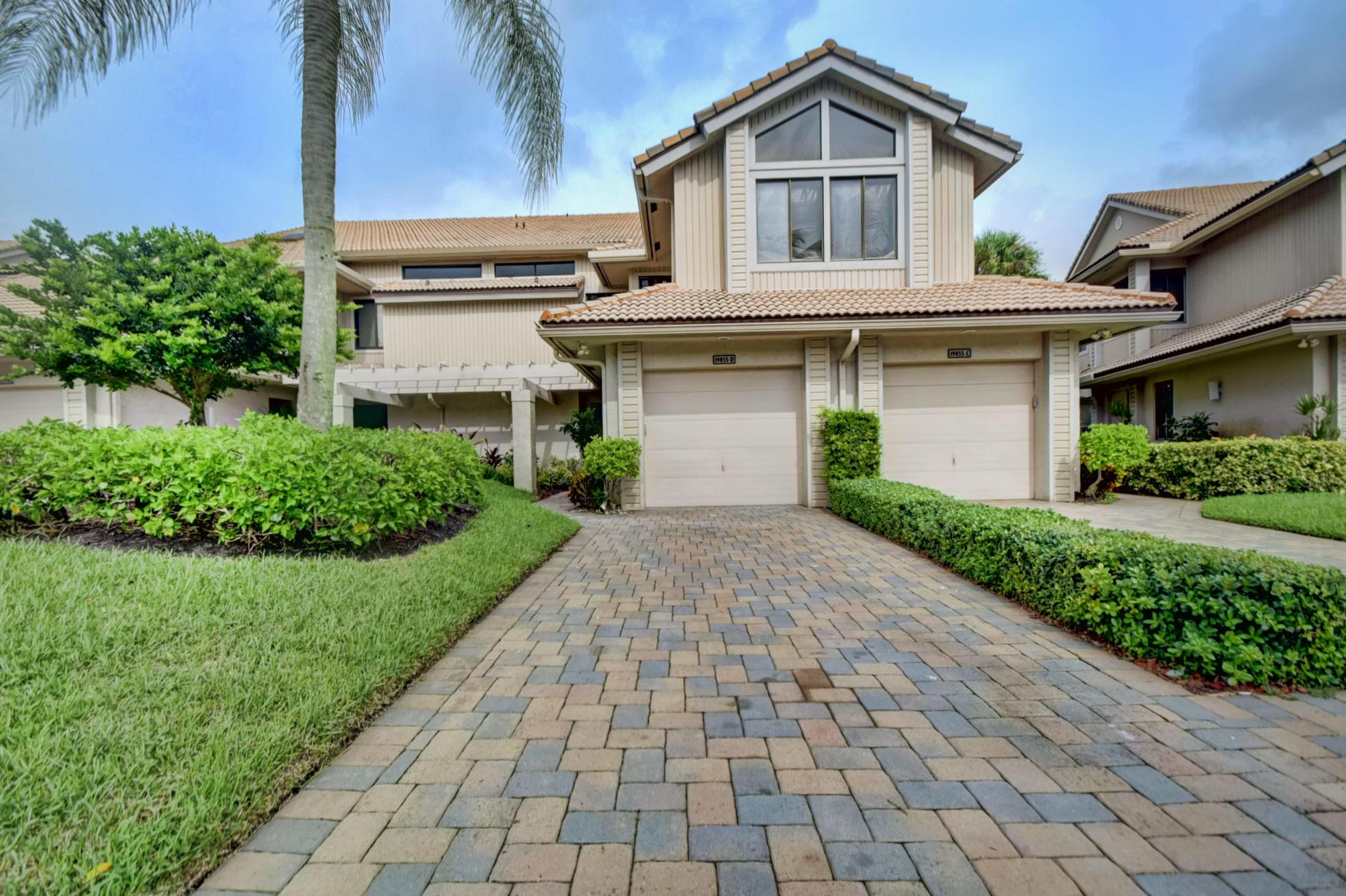 Boca Raton: Charter Cay - listed at 499,000 (19855 Planters Blvd #D)