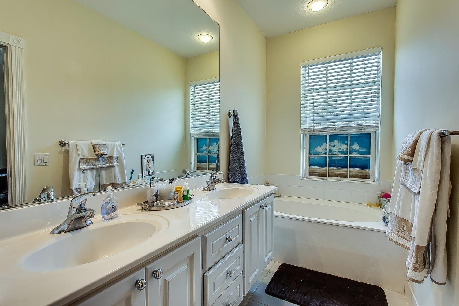108 Waterford Drive  - Abacoa Homes - photo 8
