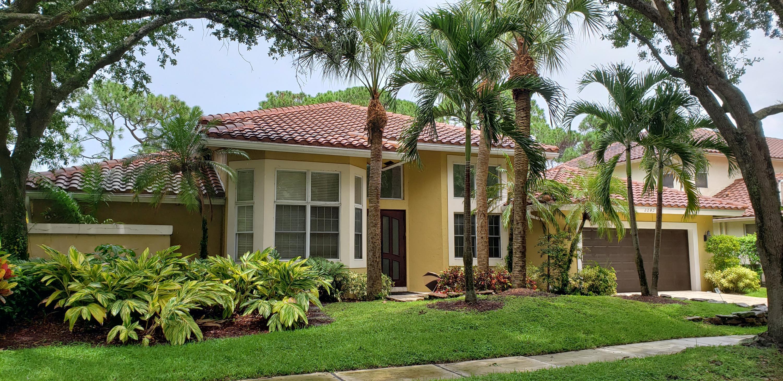 Boca Raton: Hamptons - listed at 1,150,000 (3283 Harrington Dr)