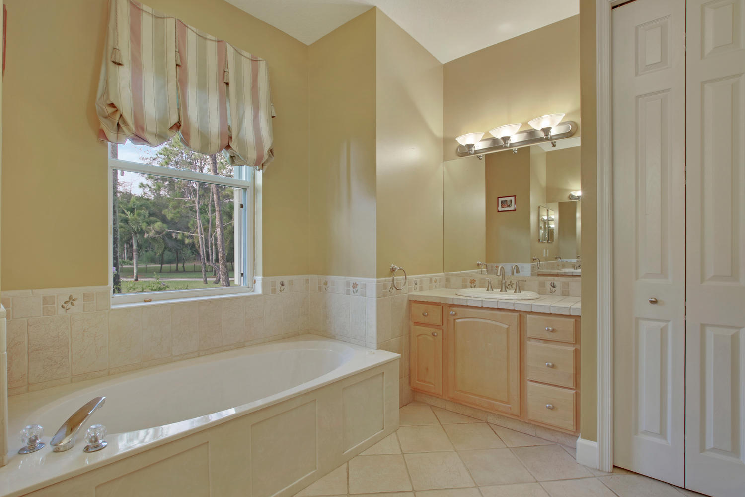 12819 Old Indiantown Road  - Abacoa Homes - photo 10