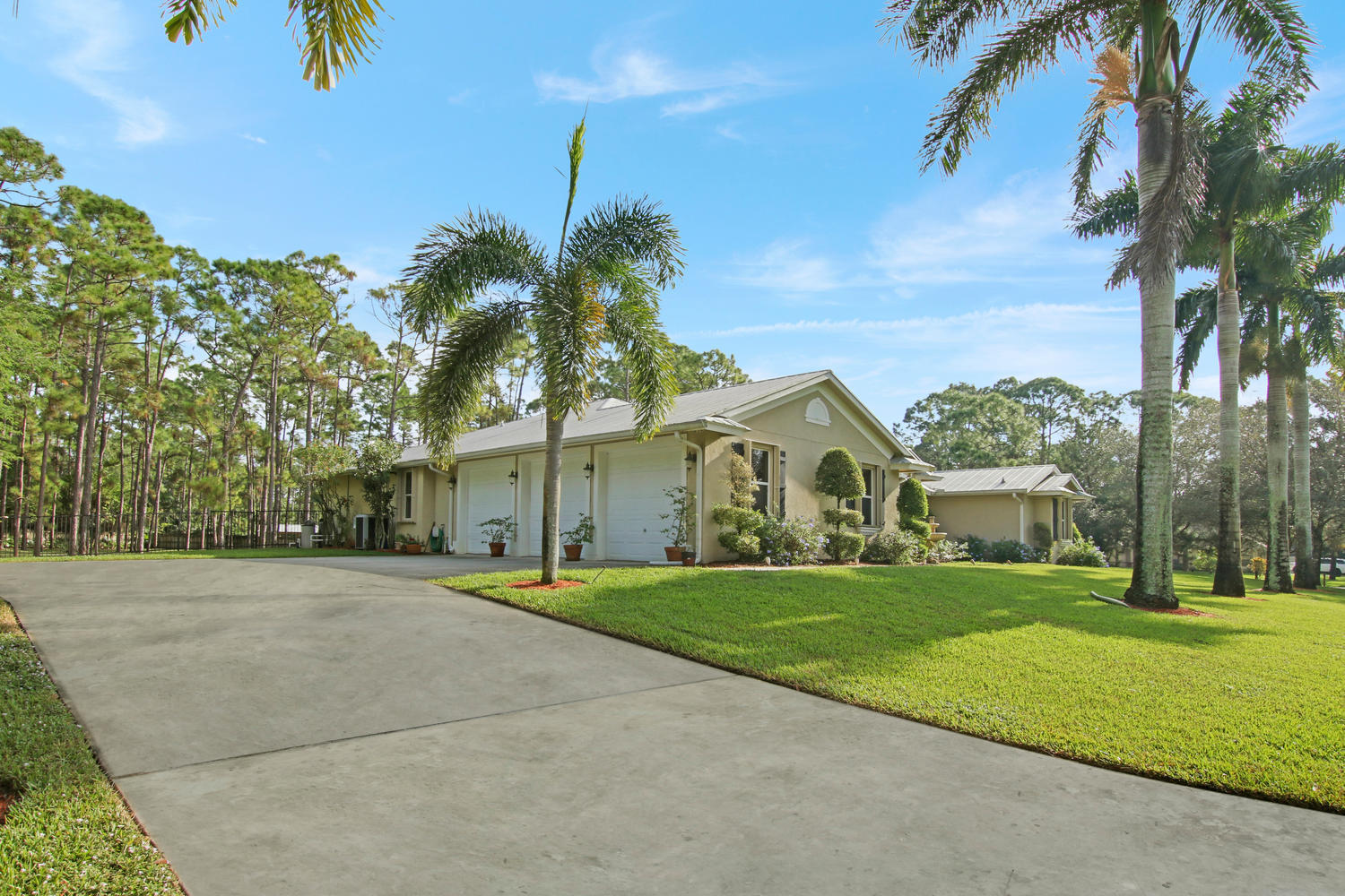 12819 Old Indiantown Road  - Abacoa Homes - photo 4