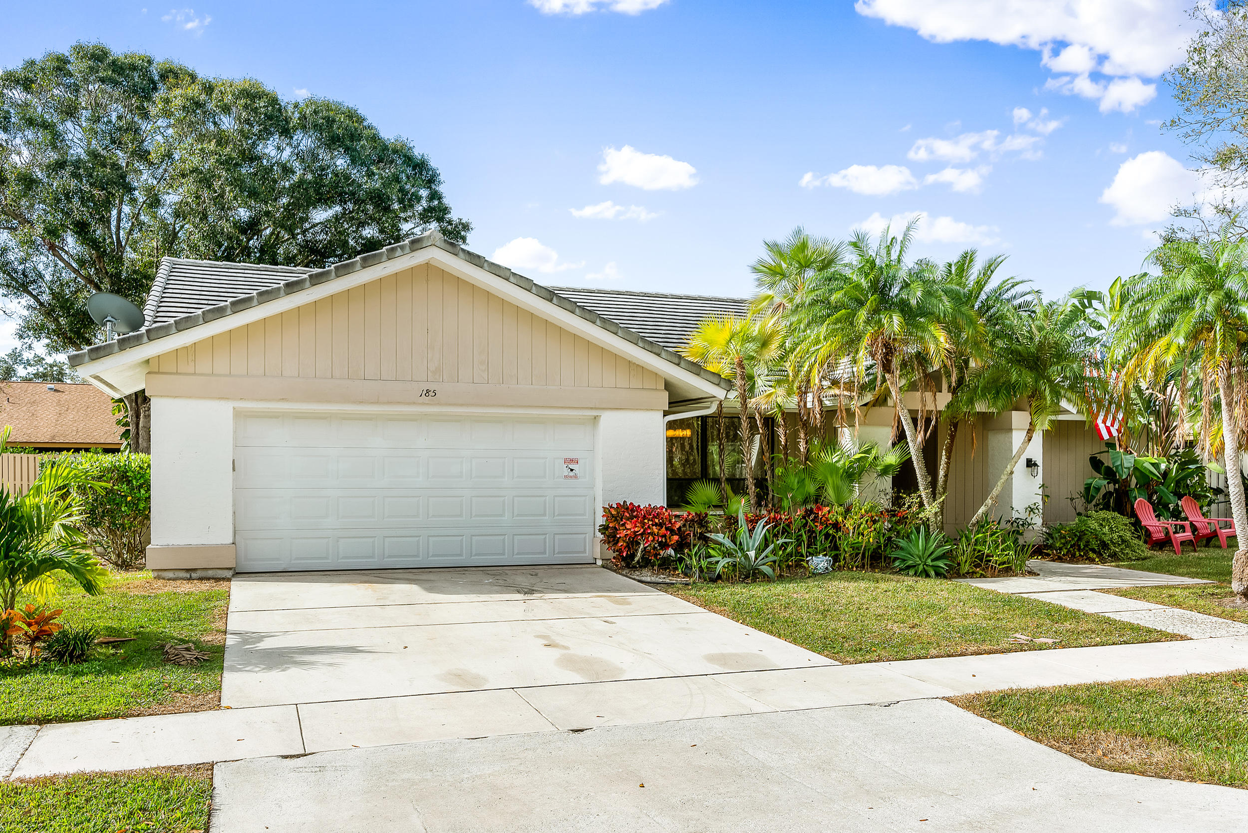 185 Bayberry Place  - Abacoa Homes - photo 1