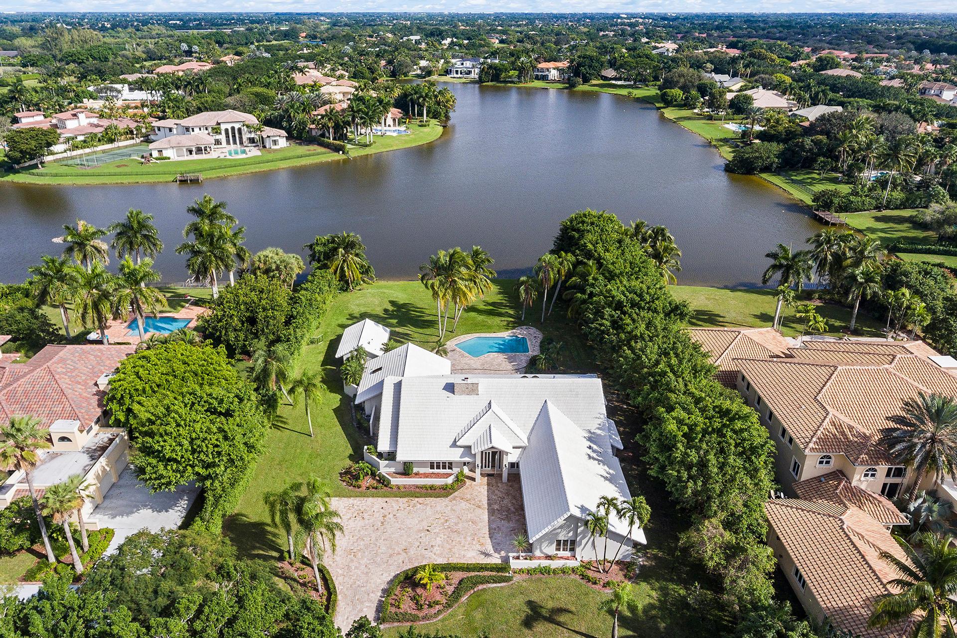 Boca Raton: Long Lake Estates - listed at 1,495,000 (18723 Long Lake Dr)