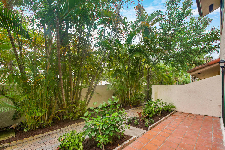 130 Palm Avenue 2  - Abacoa Homes - photo 19