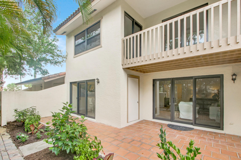 130 Palm Avenue 2  - Abacoa Homes - photo 20