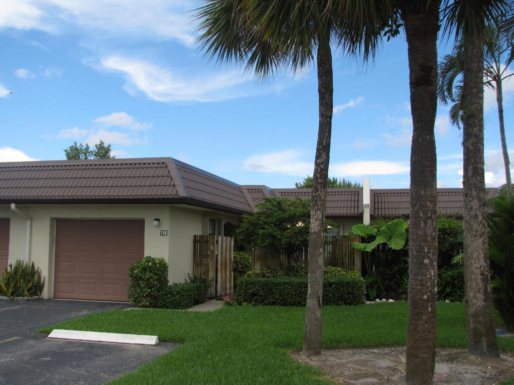Golden Lakes West Palm Beach For Sale