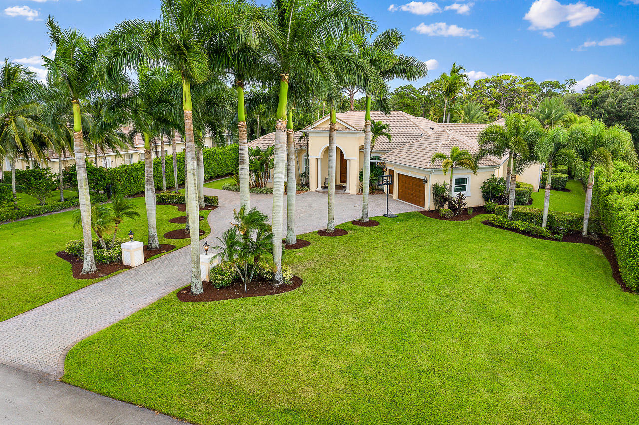 Lake Worth: St. Andrews - listed at 1,500,000 (9212 Perth Rd)