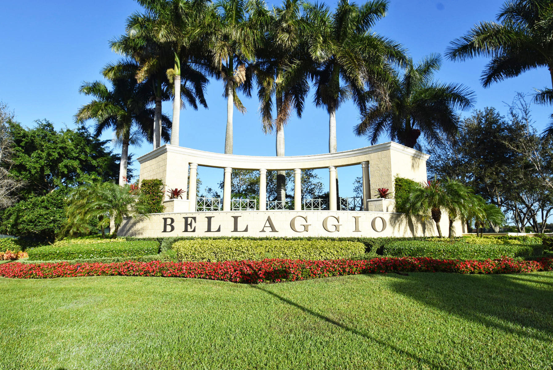 Lake Worth: Bellaggio - listed at 424,900 (6484 Via Primo St)