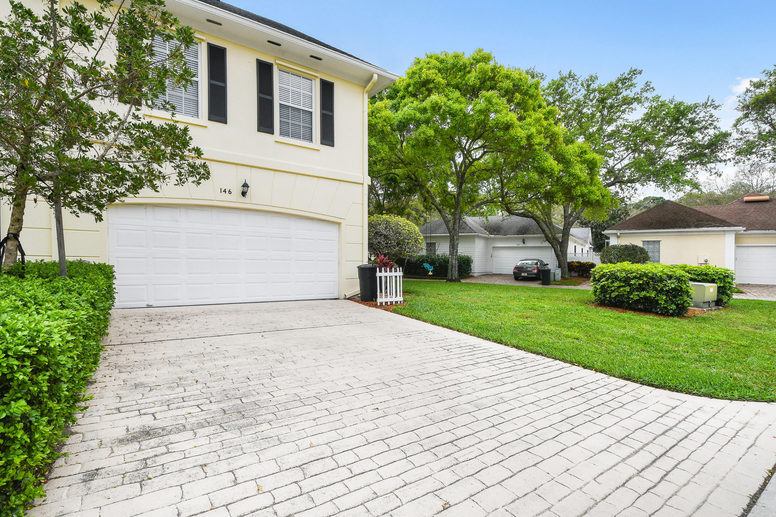 146 Day Lily Drive  - Abacoa Homes - photo 41