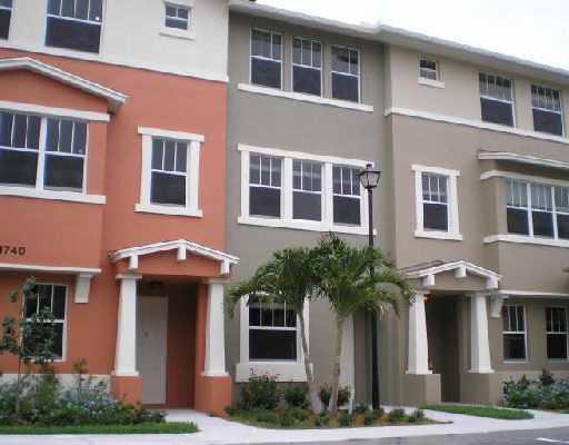 1740 San Benito Way 4  West Palm Beach FL 33401
