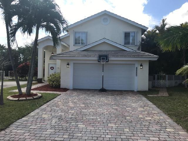 Boca Raton: Impressions - listed at 420,000 (21461 Millbrook Ct)