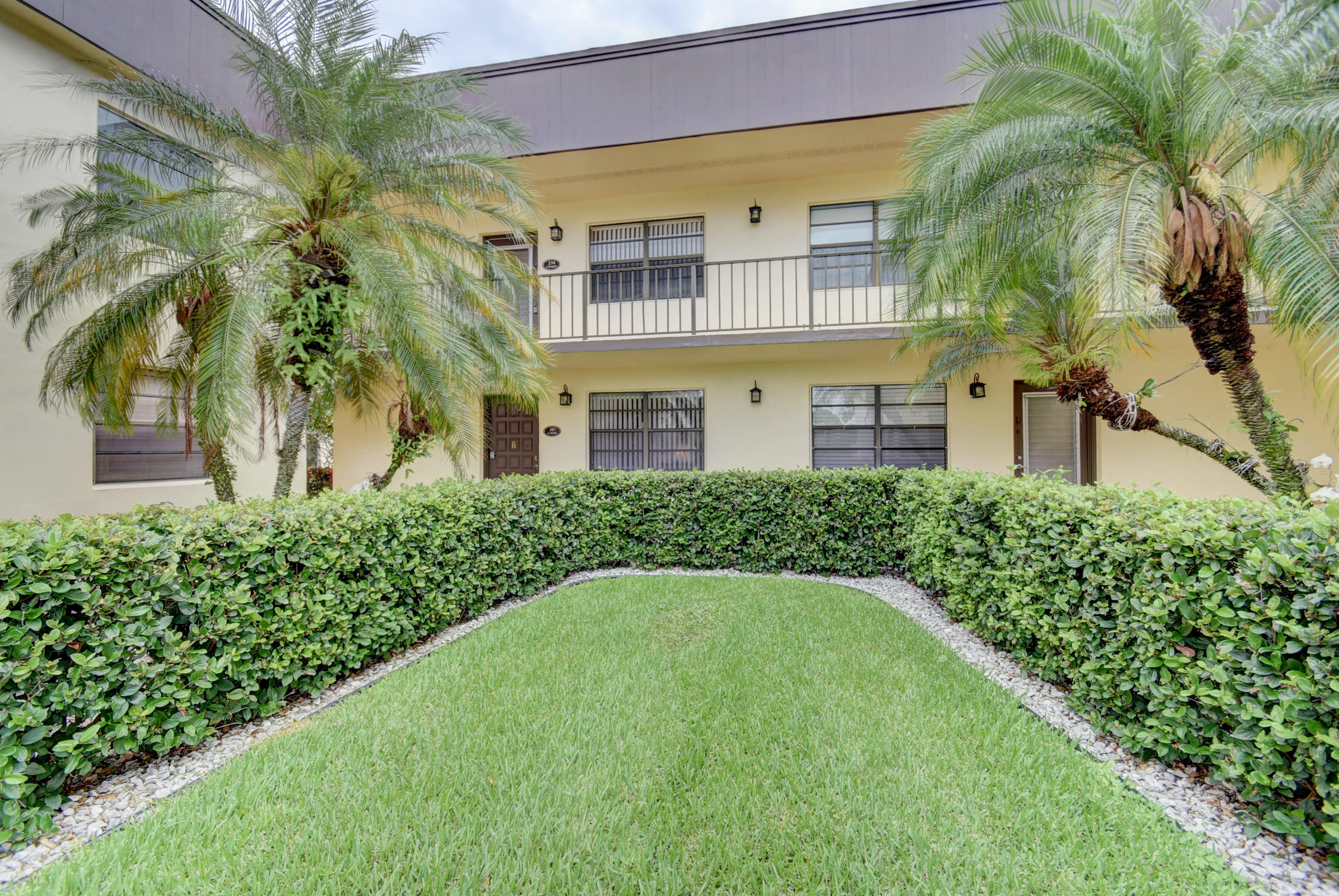 Delray Beach Condos Near Atlantic Ave For Sale