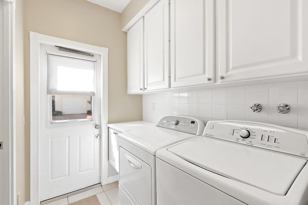 137 Radcliffe Court  - Abacoa Homes - photo 12