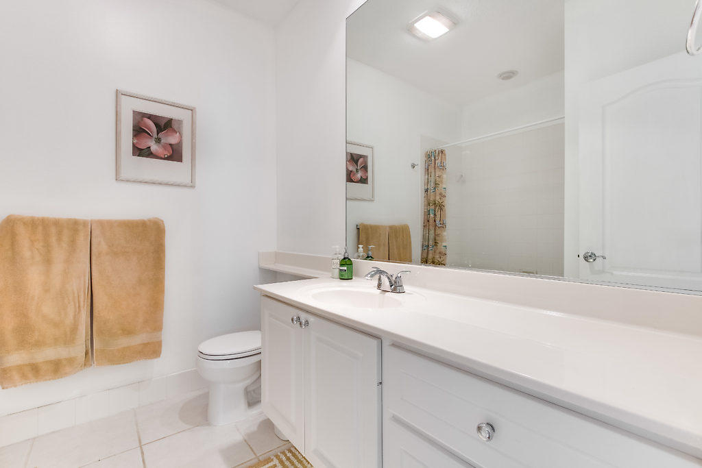 137 Radcliffe Court  - Abacoa Homes - photo 14