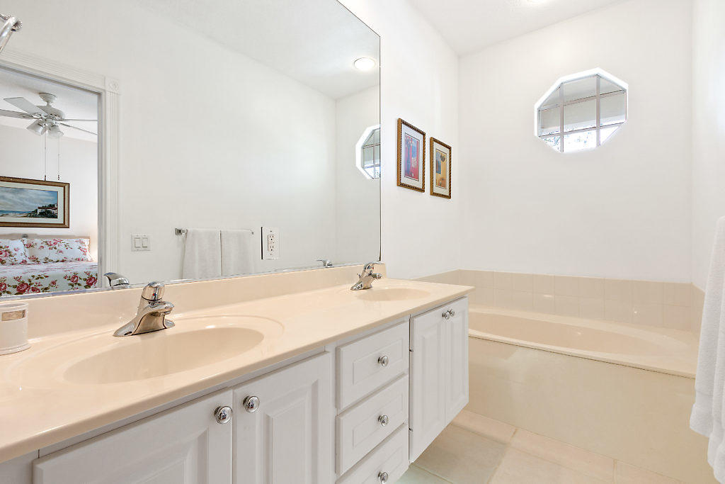 137 Radcliffe Court  - Abacoa Homes - photo 18