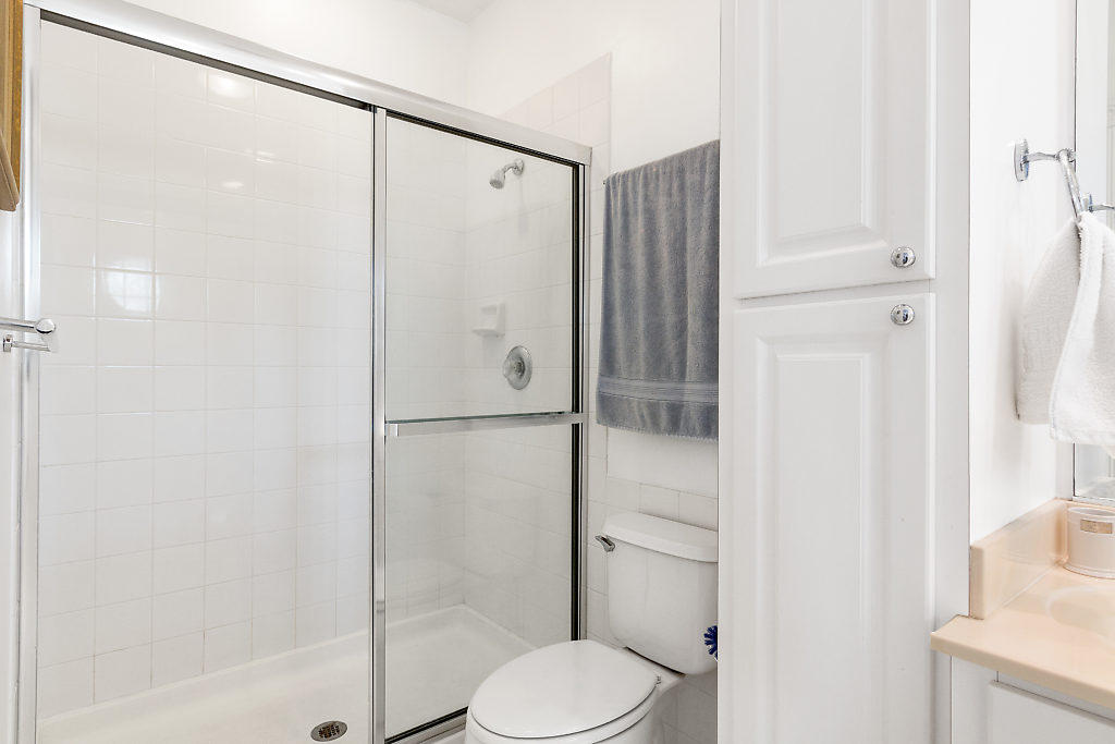 137 Radcliffe Court  - Abacoa Homes - photo 19